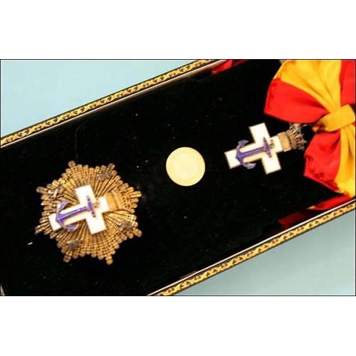 España. Orden al mérito Naval. Estuche