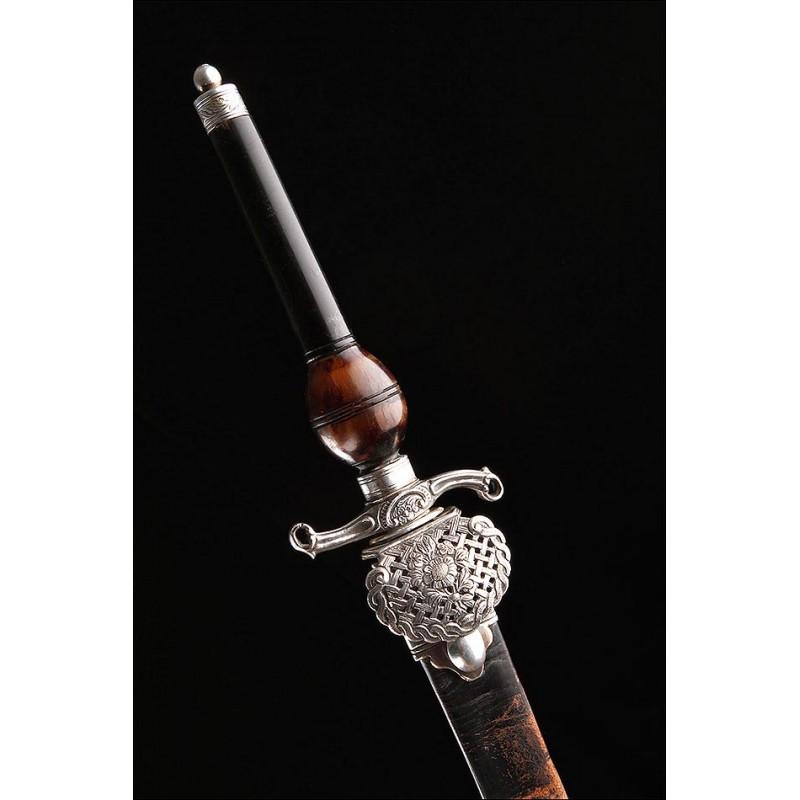 Bellísima Bayoneta de Taco Fabricada en Centro Europa, en Francia o Alemania, Circa 1850