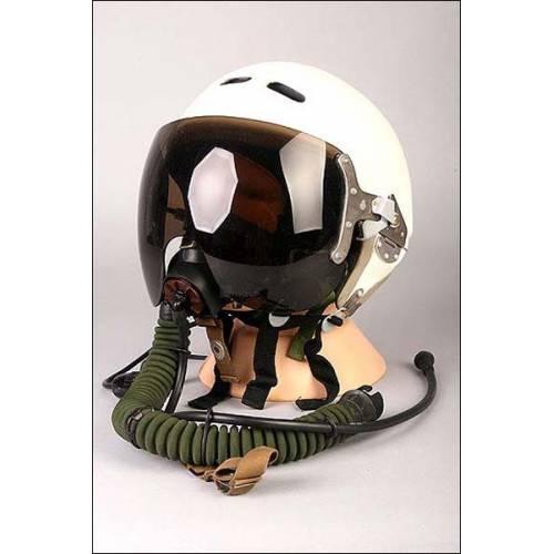 Casco de vuelo de piloto de combate soviético completo.