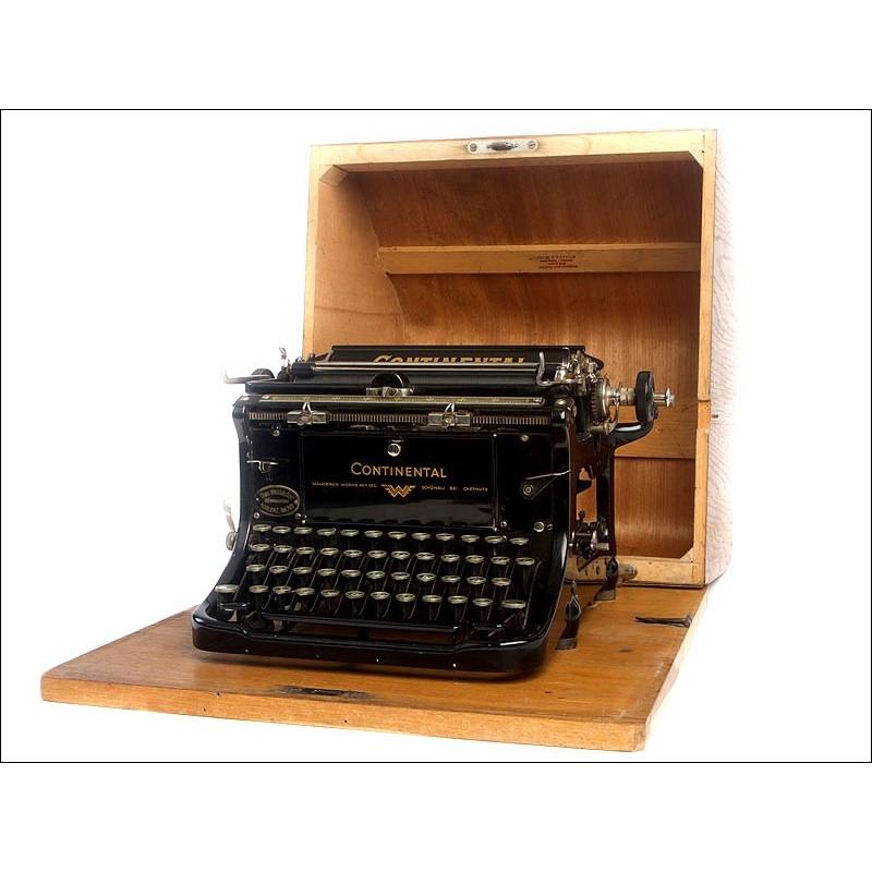 Máquina de Escribir Continental Standard con Estuche de Madera Original. Alemania, Circa 1925