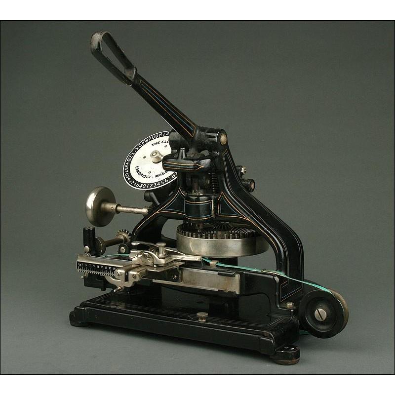 Histórica Máquina de Rotular Norteamericana del Año 1920. Bien Conservada y Funcionando
