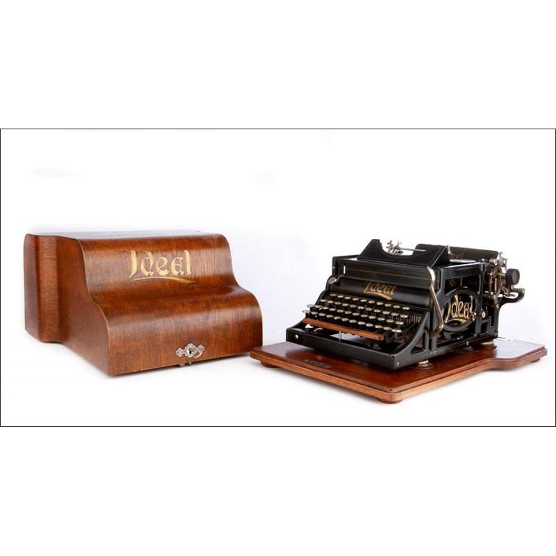 Antigua Máquina de Escribir Ideal A2 con Estuche de Madera. Alemania, Circa 1905