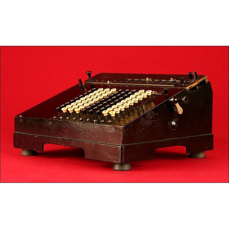 Preciosa Calculadora Archimedes Nº3, del Año 1913 .Funciona a la Perfección