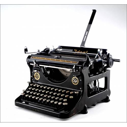 Preciosa Máquina de Escribir Ideal C de los Años 30 del Siglo XX. Fabricada en Alemania. Funcionando