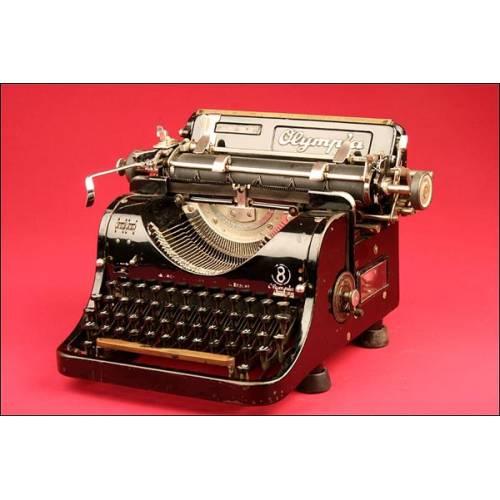 Preciosa Máquina de Escribir Olimpia en Perfecto Estado y Funcionando. Años 30.