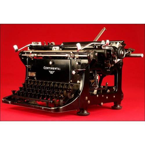 Soberbia Máquina de Escribir Marca Continental, 1935