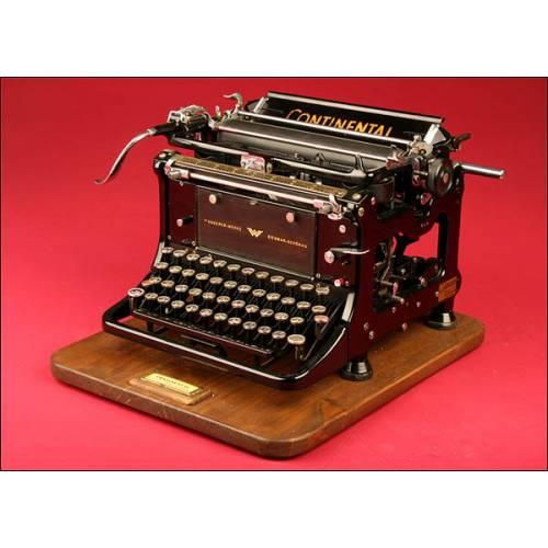 Preciosa Máquina de Escribir Alemana Marca Continental Modelo Standard. 1936.