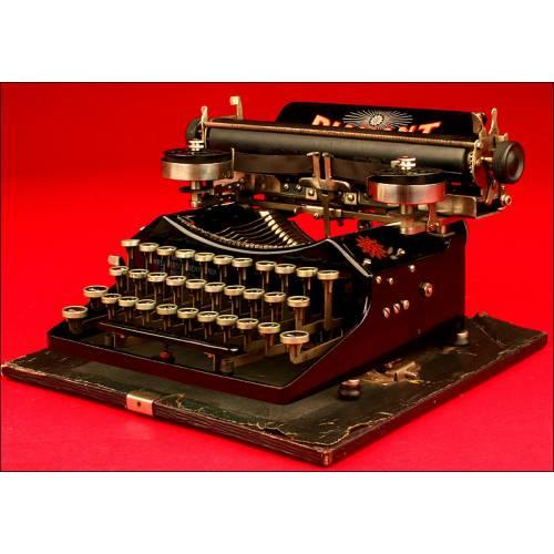Magnífica Máquina de escribir Diamant, 1er 1/3 del siglo XX.