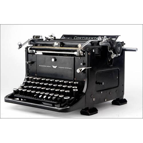 Atractiva Máquina de Escribir Continental Standard en Funcionamiento. Alemania, Circa 1930