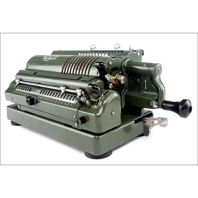 Calculadora Triumphator CRN1 Fabricada en los Años 50. Acabado Verde en Buen Estado. Funciona