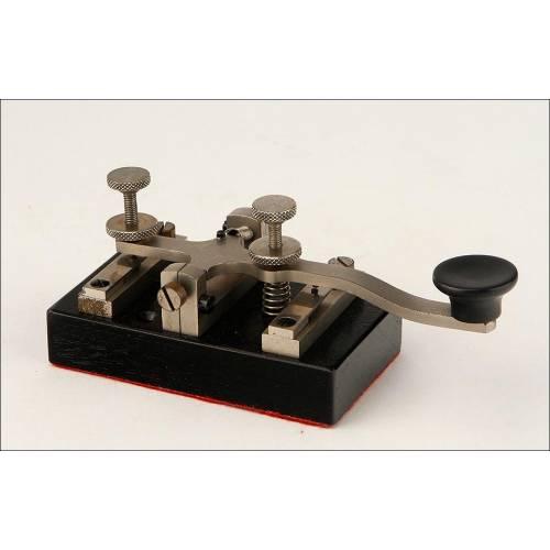 Atractiva Llave Morse Para Estación Telegráfica. Años 20-30 del Siglo XX