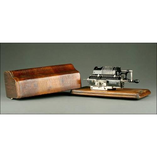 """Calculadora Brunsviga M """"System Trinks"""", Modelo M, 1924. En Perfecto Estado y Funcionando Muy Bien"""
