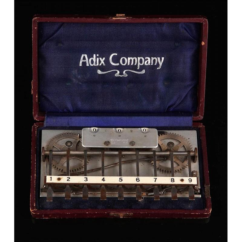 Máquina de Sumar Adix Fabricada en Alemania en 1904. 1er modelo. En Estuche Original y Funcionando Muy Bien