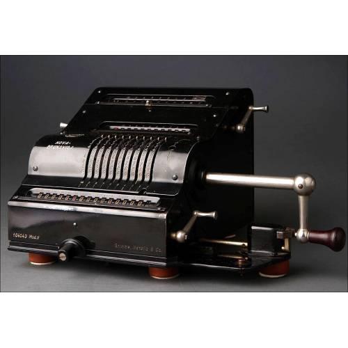 Calculadora Nova-Brunsviga Mod. II Fabricada entre los Años 20-30. Sobrio Diseño. Funcionando