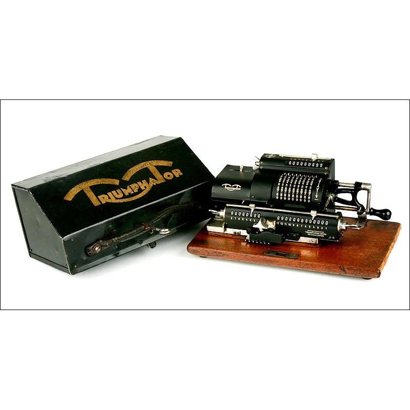 Calculadora Triumphator Modelo C, 1927. Con Estuche y Folleto de Instrucciones. Funcionando