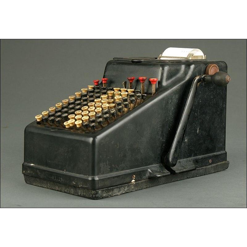 Calculadora Vintage Marca Addo con Impresora. Suecia, 1920. En Buen Estado de Funcionamiento