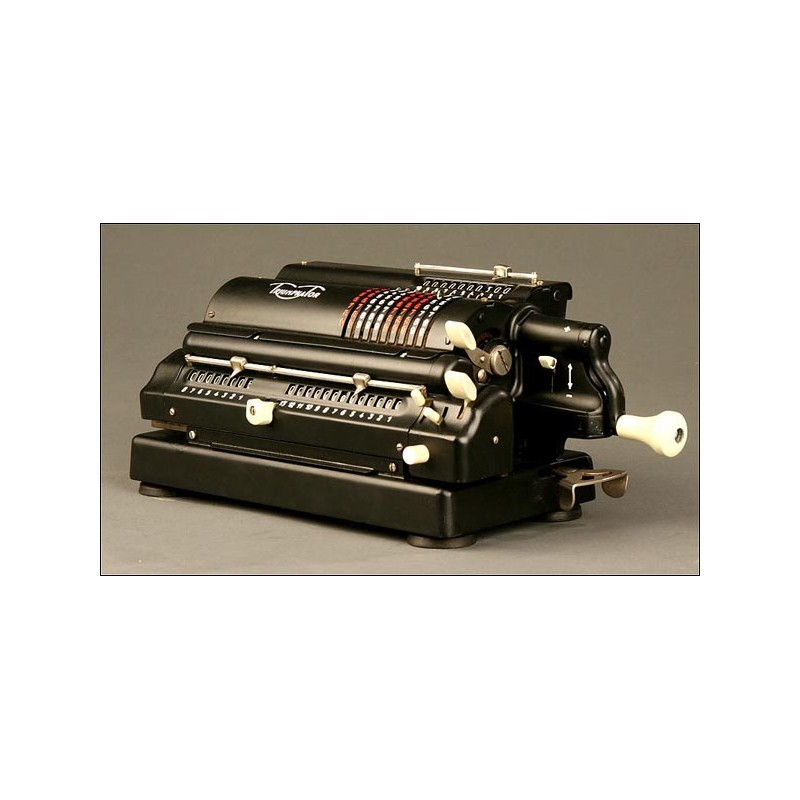 Preciosa Máquina De Calcular Marca Thiumpathor. Principios Siglo XX