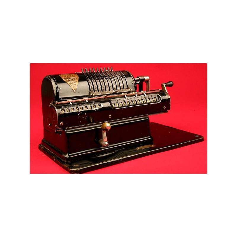 Decorativa máquina de calcular Marca Marchant XLA, 1922. Buen estado de Funcionamiento.