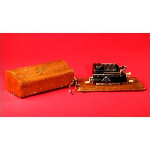 Espectacular Calculadora Marca Thales Patent Modelo A con Caja Original, 1913.