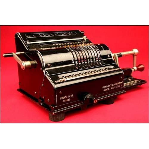 Espléndida Máquina de Calcular Brunsviga modelo 15, 1935. En Perfecto Estado Estético y Funcional.