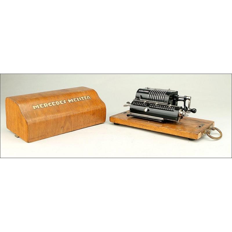 Calculadora Melitta con Estuche Original y Funcionando Bien. Alemania, Años 20
