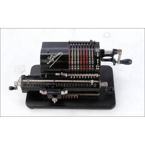 Preciosa calculadora antigua Lipsia en excelentes condiciones. Funciona de maravilla. 1920-30