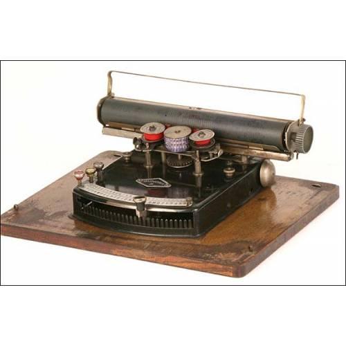 Máquina de escribir Gundka 5. 1924