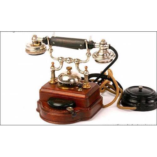 Teléfono Ericsson de 1910. Impoluto