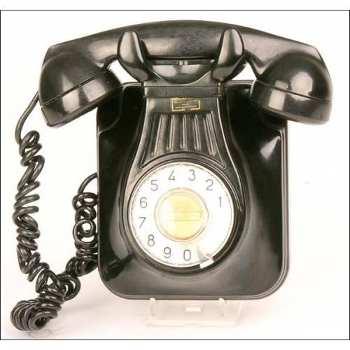 Teléfono de baquelita.  Años 40. Perfecto funcionamiento