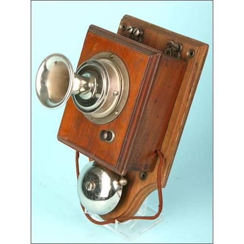 Teléfono de pared C.1900.