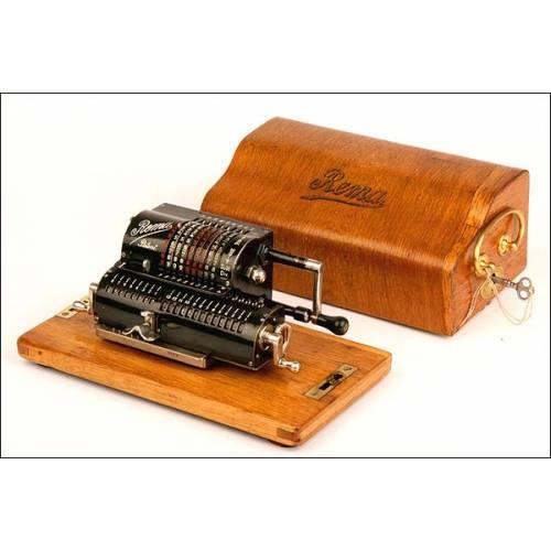 Máquina calculadora Rema. Magníficamente conservada. 1910