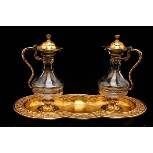 Antiguas Vinajeras Litúrgicas de Latón Dorado y Cristal. Francia, Primer Cuarto del Siglo XX.
