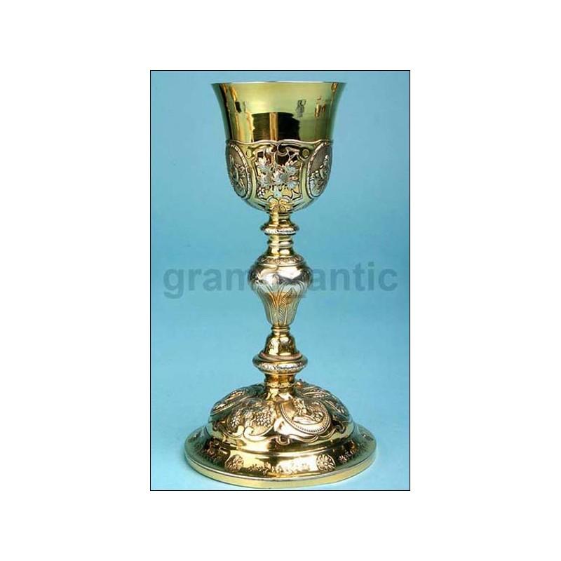 Antiguo cáliz de plata. Francia. Siglo XIX. Circa 1850