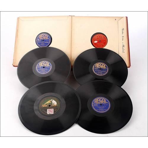 Album con 10 discos de gramófono españoles. 78 rpm. Variado. Album original