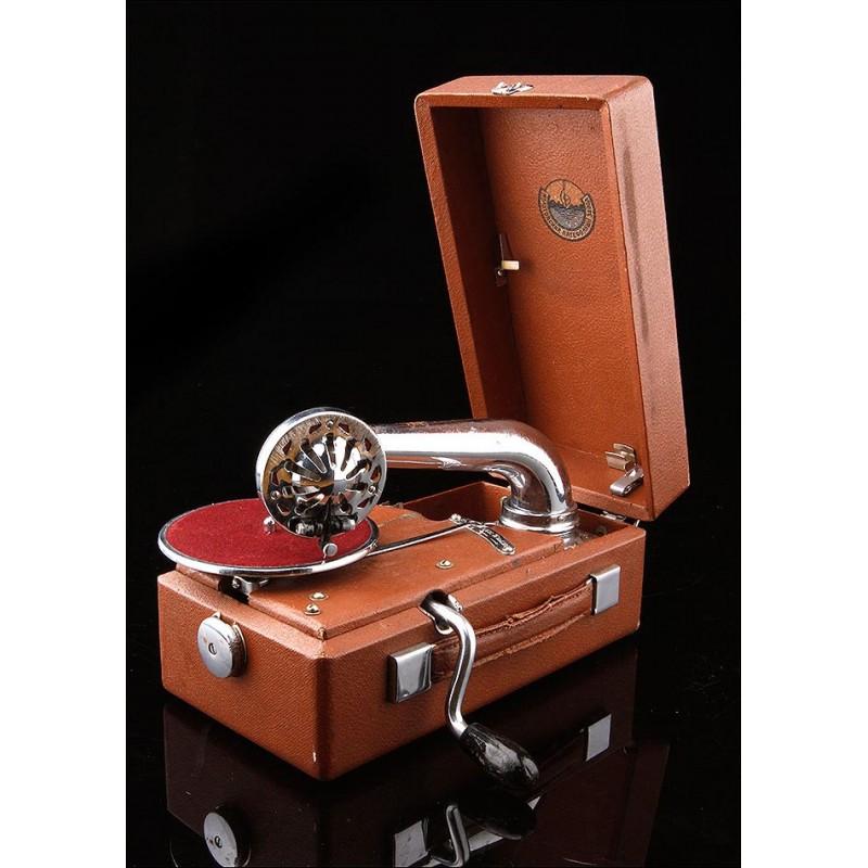 Impresionante Gramófono de Maleta en Perfecto Funcionamiento. URSS, Años 30