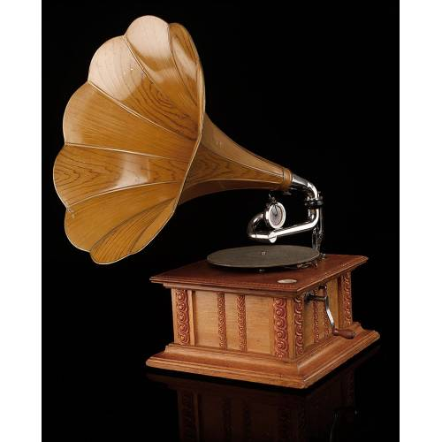 Imponente Gramófono de Trompeta His Master's Voice. Magnífico Diseño. Inglaterra, 1900