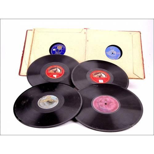 Album con 10 discos de gramófono españoles. 78 rpm. Temática variada pero principalmente ópera.