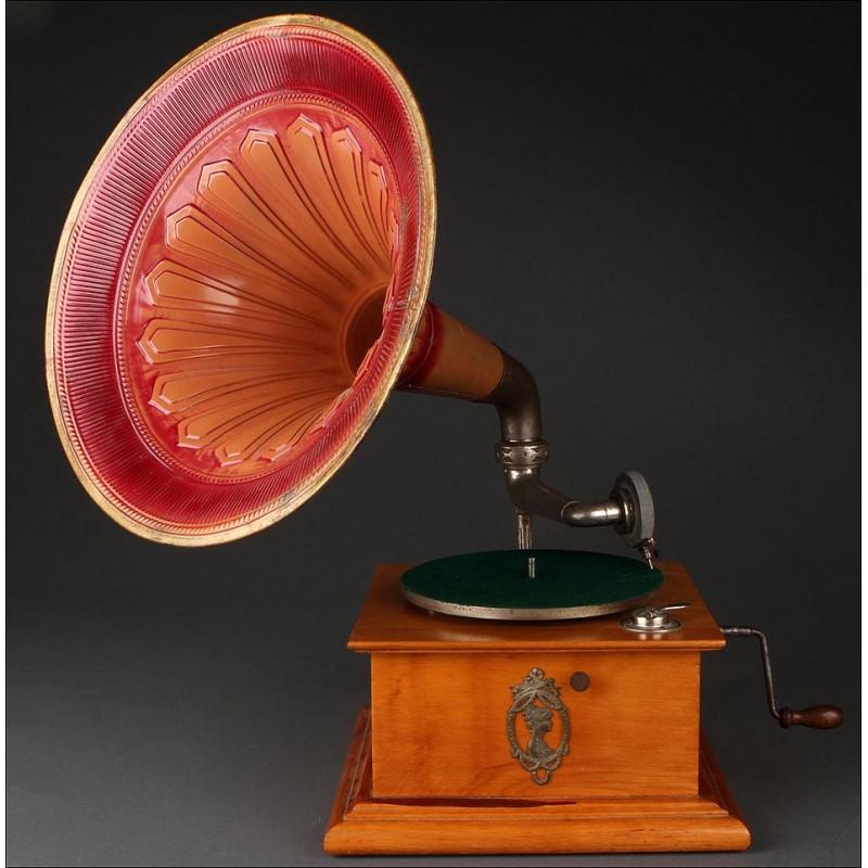 Bello Gramófono de Trompeta Fabricado en 1915. En Muy Buen Estado y Funcionando