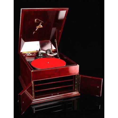 Impresionante Gramófono de Caoba La Voz De Su Amo en Perfecto Funcionamiento. Circa 1915