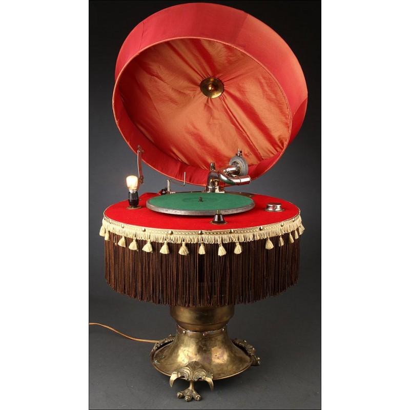 Gramófono Lámpara Capitol, Fabricado en los Estados Unidos en los Años 20.