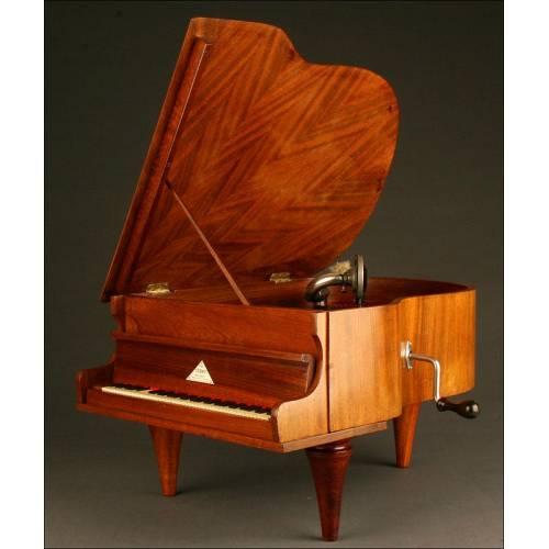Extraordinariamente Raro Gramófono marca Melody en Forma de Piano, 1930.