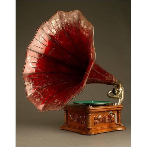 Precioso Gramófono La Voz de Su Amo, Modelo Monarch Nº 9. Circa 1906