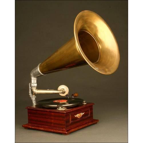 Gramófono Excelda, Fabricado en 1910. Perfecto estado de Funcionamiento.
