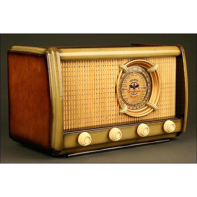 Preciosa Radio Española Marca Beltrán, Años 40. En Buen Estado y Funcionando a 125V