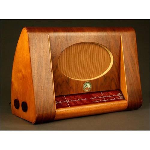 Preciosa Radio de Válvulas La Voz de Su Amo, Años 50. Modelo 1122. A 220 V
