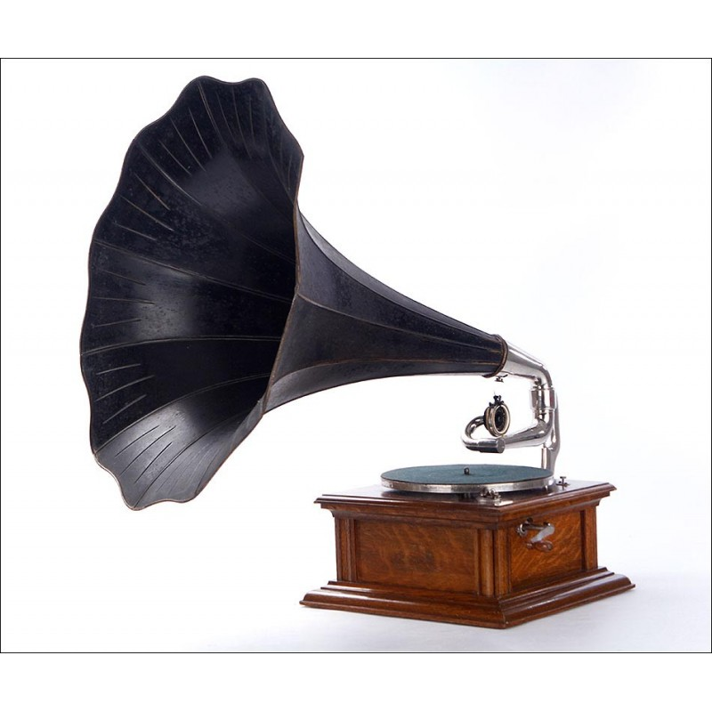 Antiguo Gramófono de Trompeta HMV Modelo Monarch IV Para el Mercado Francés, Circa 1910
