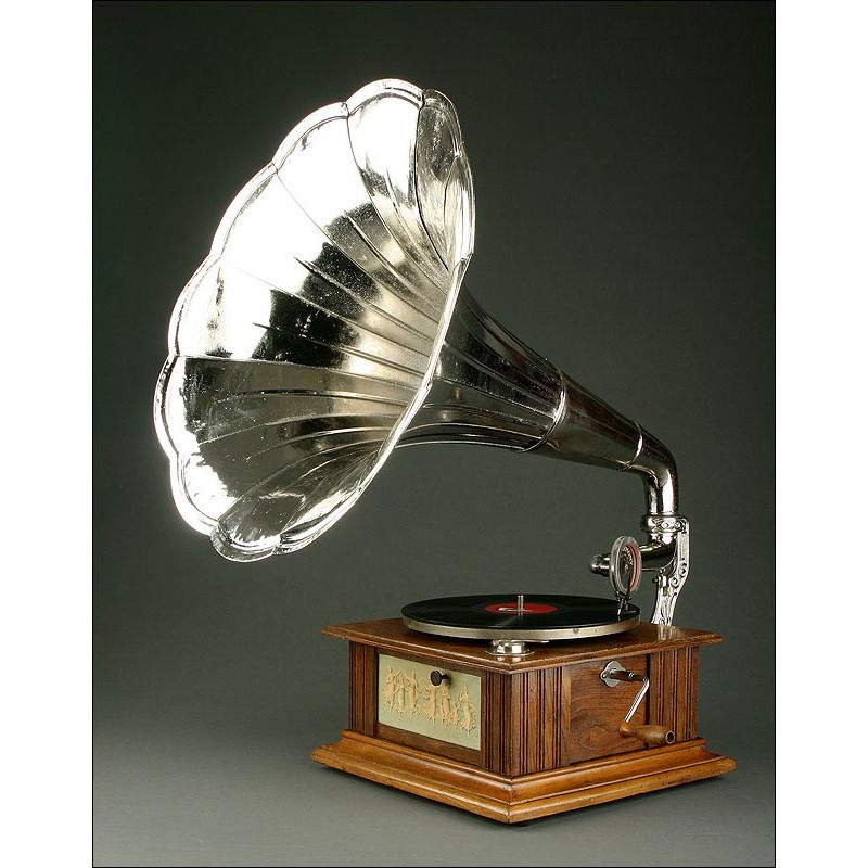 Magnífico Gramófono de Trompeta con Motor Parlophone, 1920. Trompeta Niquelada. Funciona Bien