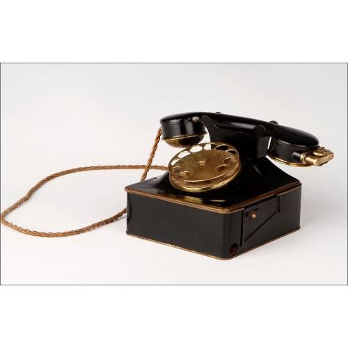 Rara Cigarrera Musical con Forma de Teléfono, Fabricada en Alemania en los Años 40. Funcionando