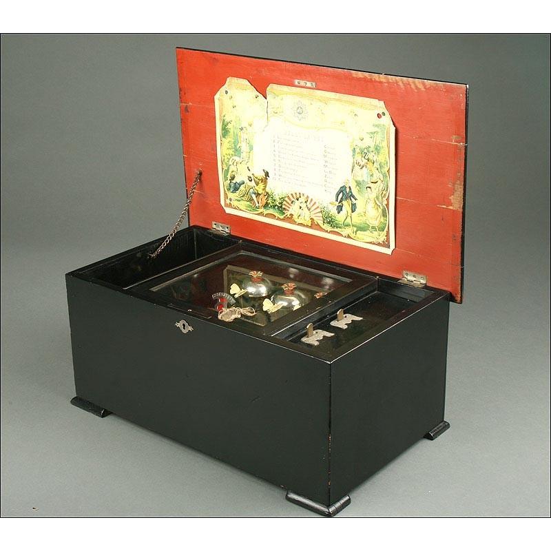 Caja de Música con 10 melodías y Mariposas Autómatas. Suiza, 1880. Funcionando Perfectamente