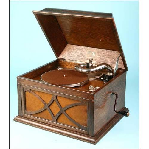 Gramófono La Voz de su Amo. Modelo 104. 1925